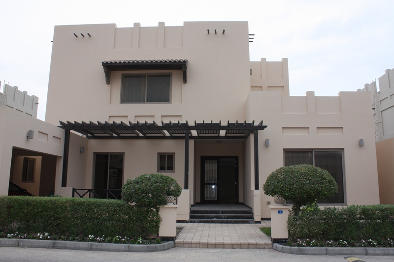 4 Bedroom Villa For Rent In Janabiya Hera Real Estate Bahrain Property Villas Apartments