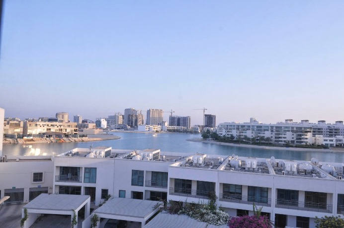 Villas For Sale In Amwaj Island Bahrain