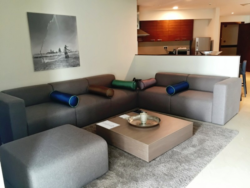 Stunning fully furnished 1 2 3 br apartments for rent for Living room 11 x 14