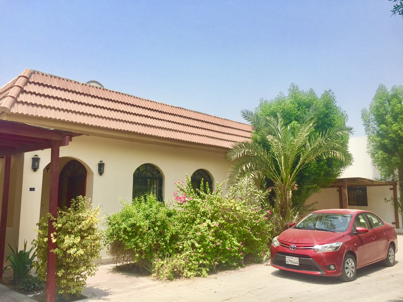 Great offer! Hurry up! Lovely 2 BR villa with a private pool is available for rent in Saar-Villas For Rent In Bahrain