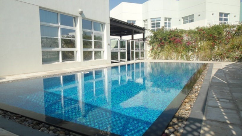 5br Villa For Rent With Private Pool In Riffa Viewshera Real Estate Bahrain Property Villas Apartments Offices